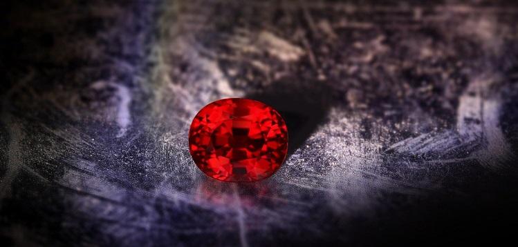 rubis - pierre de naissance du mois de juillet
